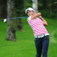 この日26日(金)に15歳の誕生日を迎えた石川葉子 2011年 ニトリレディスゴルフトーナメント 初日 石川葉子