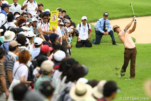 2011年 VanaH杯KBCオーガスタゴルフトーナメント 2日目 石川遼 平日とは思えない多くのギャラリーに囲まれてのラウンドでした