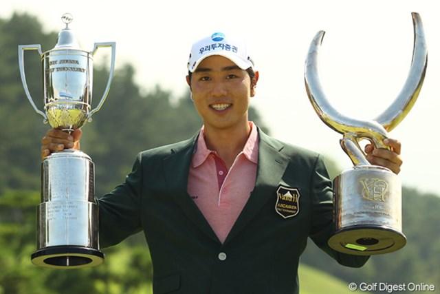 2011年 VanaH杯KBCオーガスタゴルフトーナメント 最終日 ベ・サンムン 悲願の日本ツアー初優勝をマークしたベ・サンムン。来季の米ツアー参戦を狙う