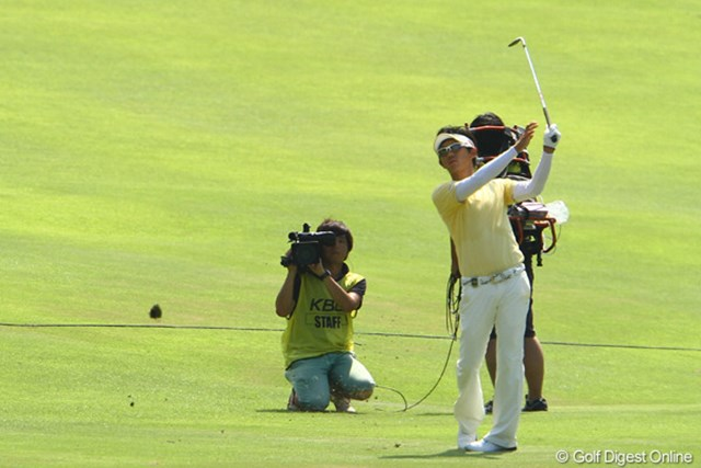 2011年 VanaH杯KBCオーガスタゴルフトーナメント 最終日 近藤共弘 18番Par5のサードショット「あっ!!!うそっ!!!」