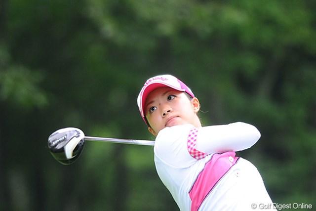 2011年 ニトリレディスゴルフトーナメント 最終日 大江香織 3連続バーディ×2という暴れっぷりで、朝一スタートから大マクリの10位タイ。まさに「撮ってて良かった」というとこですワ・・・。