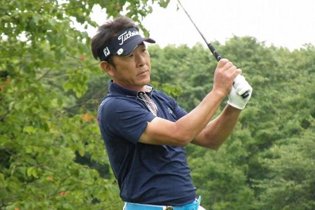 2011年 皇潤クラシックシニアトーナメント 初日 高松厚 6アンダーで単独首位に立った高松厚(画像提供元:日本プロゴルフ協会)