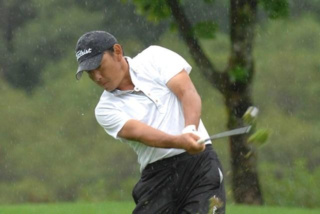 降雨による中断を強いられるも、単独首位をキープした高松厚(画像提供元:日本プロゴルフ協会)