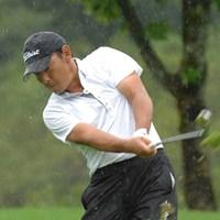 降雨による中断を強いられるも、単独首位をキープした高松厚(画像提供元:日本プロゴルフ協会) 2011年 皇潤クラシック 2日目 高松厚