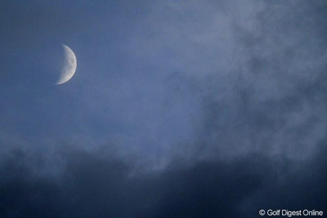 日没サスペンデッドの時は、もう月まで出てました。
