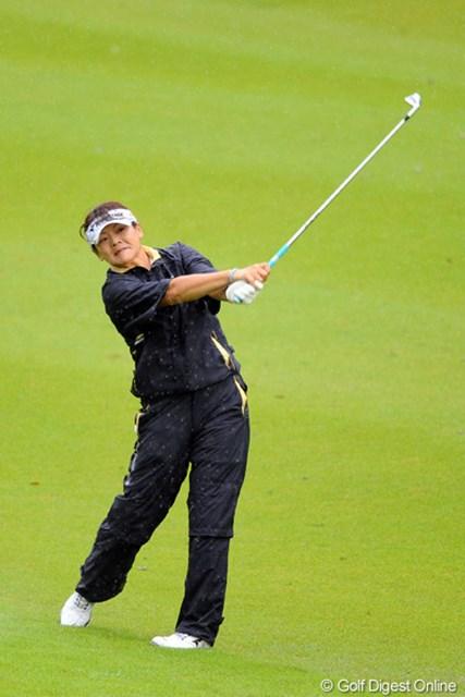 2011年 ゴルフ5レディス 最終日 押谷直子  最終日崩れたけど、この悪コンディションとプレッシャーの中で、よう粘ったと思いますよ!熟女力を見せてもらいましたワ。9位