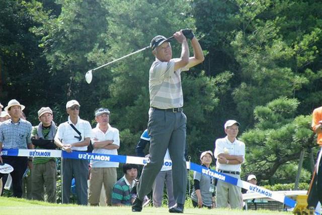 2011年 コマツオープン 初日 青木功 シニアツアーでは自身3度目のエージシュートを達成した青木功(写真提供:日本プロゴルフ協会)