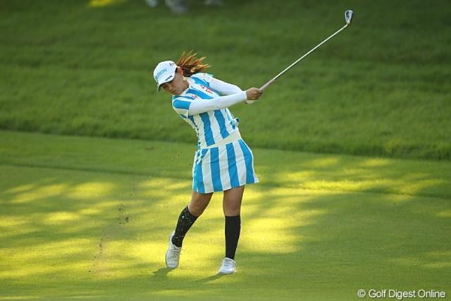 2011年 日本女子プロゴルフ選手権大会コニカミノルタ杯 初日 横峯さくら 最終9番のボギーが悔やまれるが、首位に2打差と好位置で初日を終えた横峯さくら