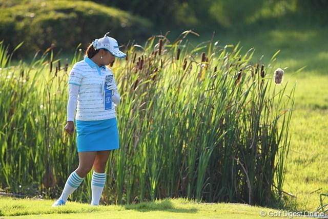 2011年 日本女子プロゴルフ選手権大会コニカミノルタ杯 初日 佐伯三貴 そこになにかいる?