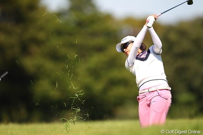 今週はラフに入れるとほとんどワンペナ状態…鈴木プロ 2011年 日本女子プロゴルフ選手権大会コニカミノルタ杯 初日 鈴木舞子