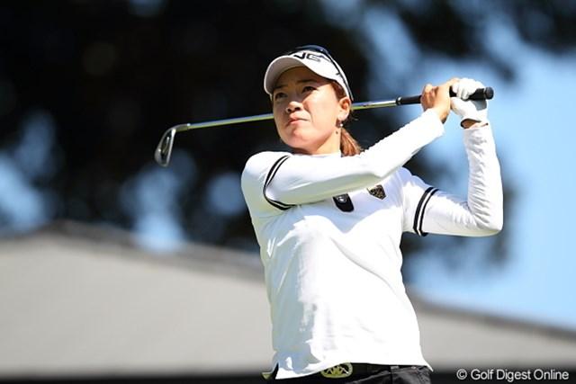 2011年 日本女子プロゴルフ選手権大会コニカミノルタ杯 初日 大山志保 今週は鶴見コーチが久しぶりに来ていたのに…イマイチかな?