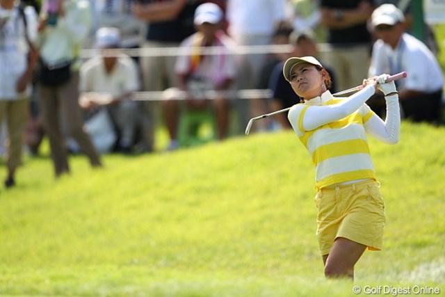 2011年 日本女子プロゴルフ選手権大会コニカミノルタ杯 最終日 横峯さくら 最終日はラフに苦しみ6ボギー。3位に終わり、初の日本タイトルは叶わなかった横峯さくら