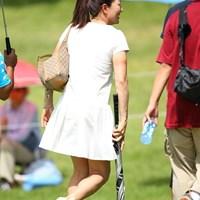 スカート姿の服部道子プロ発見! 2011年 日本女子プロゴルフ選手権大会コニカミノルタ杯 最終日 服部道子