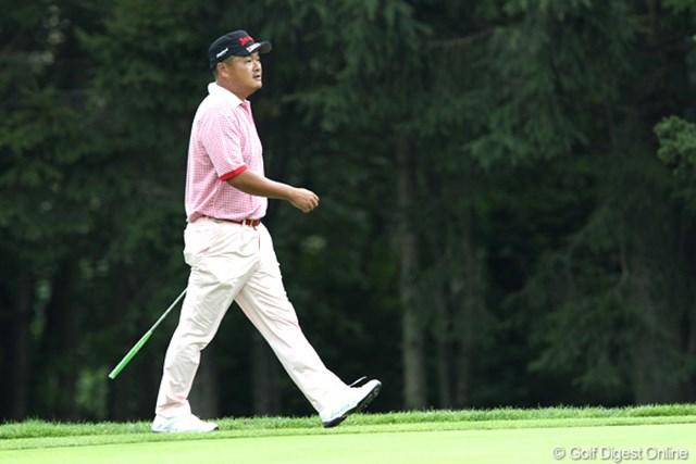 2011年 ANAオープンゴルフトーナメント 2日目 小田孔明 7アンダー3位タイ、明日に向かって歩くのみ・・・