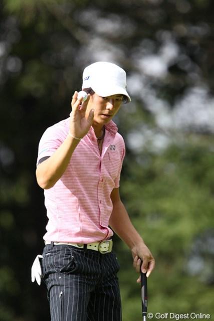 2011年 ANAオープンゴルフトーナメント 2日目 石川遼 バーディ奪ってもこの表情です