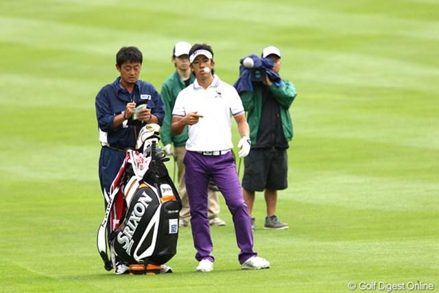 2011年 ANAオープンゴルフトーナメント 3日目 上井邦浩 ボールで遊んでるよ~9アンダー6位