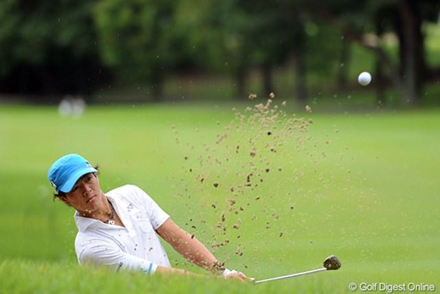 2011年 アジアパシフィックオープンゴルフチャンピオンシップパナソニックオープン 初日 石川遼 今日のフェアウェイキープ率って、けっこう悪かったんとちゃう?左右にブレてたような・・・。それでもイーブンやから、ある意味マズマズのラウンドかなァ。