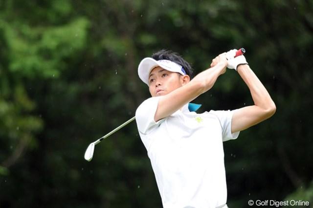 2011年 アジアパシフィックオープンゴルフチャンピオンシップパナソニックオープン 初日 諸藤将次 いや~、すっかり上位の常連になったんとちゃう?カワユイ彼女も毎日見に来てるし、言うこと無しやん!25位