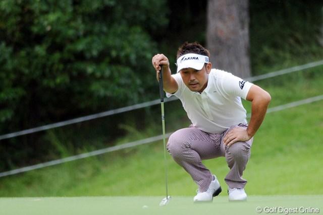 2011年 アジアパシフィックオープンゴルフチャンピオンシップパナソニックオープン 初日 久保谷健一 午後スタートで2位タイ発進の久保谷健一は、ラウンド後も遅くまで居残り練習を続けていた