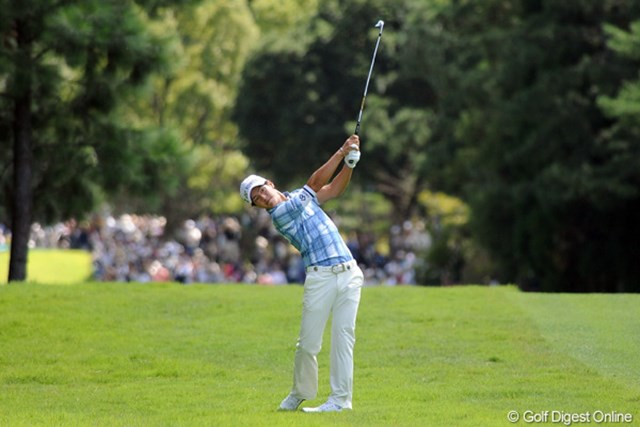 2011年 アジアパシフィックオープンゴルフチャンピオンシップパナソニックオープン 2日目 石川遼 石川遼は後半に盛り返して上位射程圏。3日目は池田勇太との直接対決に注目が集まる。