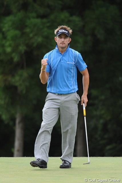 2011年 アジアパシフィックオープンゴルフチャンピオンシップパナソニックオープン 2日目 ジェイブ・クルーガー どこまでスコアを伸ばすのかと期待されてたけど不発・・・。昨日の貯金がものを言って単独2位に踏み止まりました。
