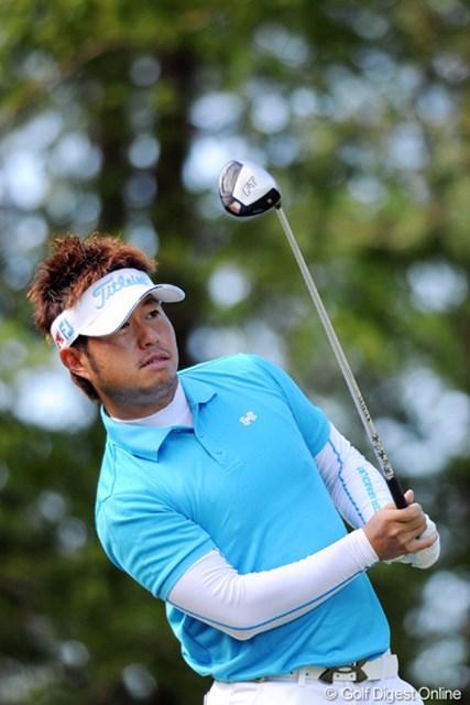 2011年 アジアパシフィックオープンゴルフチャンピオンシップパナソニックオープン 2日目 松村道央 一時は通算5アンダーまで伸ばしはりました。ちょっとダークホース的な臭いが・・・。8位T