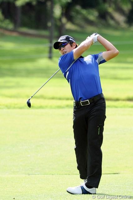 2011年 アジアパシフィックオープンゴルフチャンピオンシップパナソニックオープン 2日目 キム・キョンテ 昨日は死んだフリしてたんやな!インスタートでアウト31って何やねん!終わってみれば・・・てなことになるんやろか・・・。怖い・・・。12位T