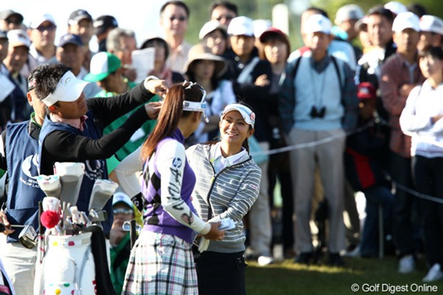 2011年 ミヤギテレビ杯ダンロップ女子オープンゴルフトーナメント 最終日 宮里藍&有村智恵 東北高校の先輩と後輩、昨日も今日も同組