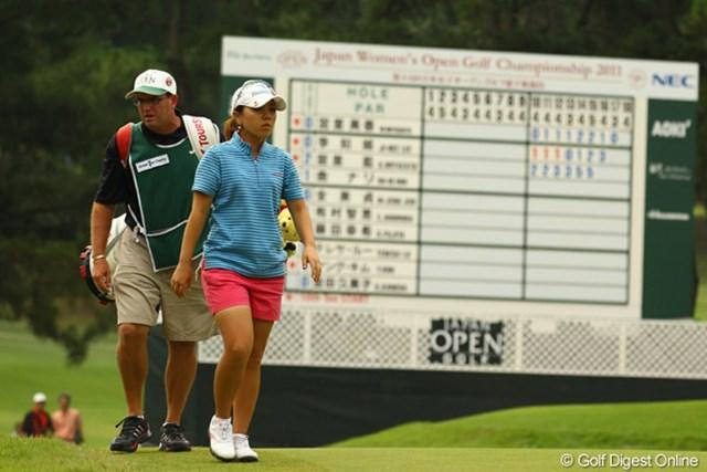 2011年 日本女子オープンゴルフ選手権競技 2日目 宮里美香 耐えるプレーを最後まで継続し、スコアを1つ落とすも単独首位に踊り出た宮里美香