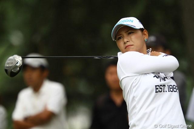 2011年 日本女子オープンゴルフ選手権競技 2日目 横峯さくら 不調が続いていたティショットも精度を取り戻し、37位タイに浮上した横峯さくら