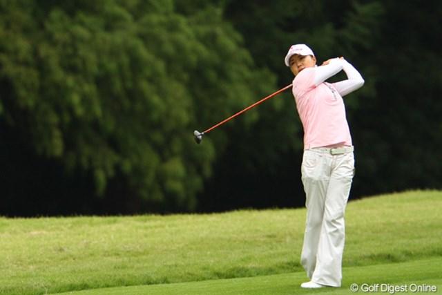 2011年 日本女子オープンゴルフ選手権競技 2日目 イ・ジウ 本日ベストスコアの68でラウンド。4位タイに急上昇です。