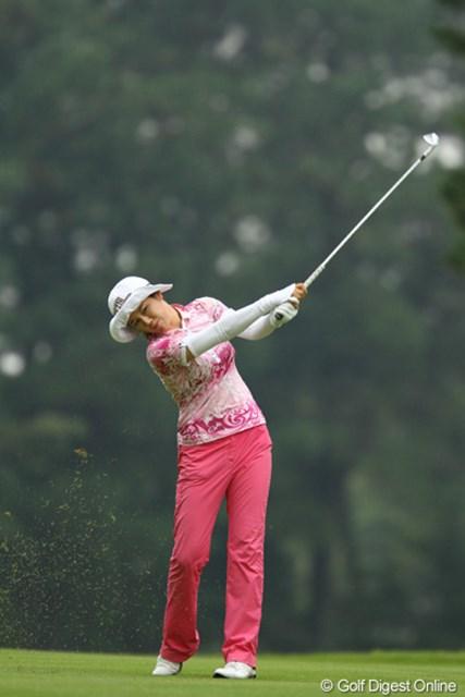 2011年 日本女子オープンゴルフ選手権競技 2日目 ヤング・キム 残り2ホールまでは単独首位!しかし・・・上がり2ホールで急に崩れてしまいました。2オーバー2位タイ。