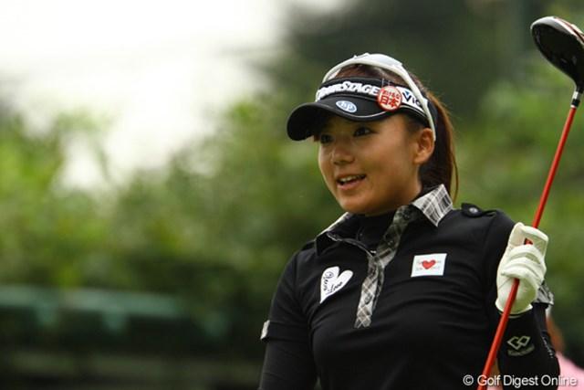 2011年 日本女子オープンゴルフ選手権競技 2日目 有村智恵 昨日と同じく、笑顔もたくさん見られたんですけどねぇ。前半は。