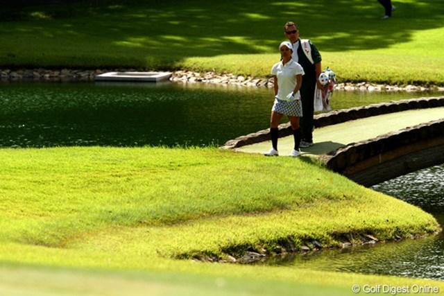 2011年 日本女子オープンゴルフ選手権競技 3日目 宮里藍 足の痛みはもう大丈夫のようです。