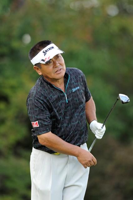 2011年 皇潤カップ日本プロゴルフシニア選手権大会 初日 三好隆 7アンダーをマークして単独首位に立った三好隆。コマツでの雪辱を果たすか