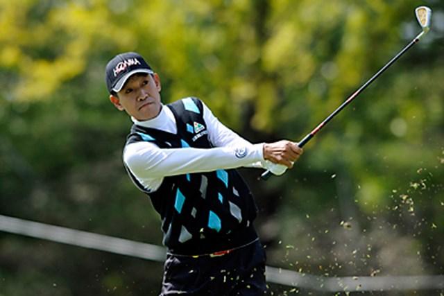 2011年 皇潤カップ日本プロゴルフシニア選手権大会 2日目 キム・ジョンドク この日の最少スコアとなる「67」をマークし、首位タイに浮上したキム・ジョンドク