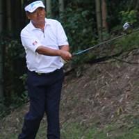 """ショットは持ち前の""""攻め""""のゴルフに徹したが、パットの不調でイーブンパーと伸び悩んだ三好隆 2011年 皇潤カップ日本プロゴルフシニア選手権大会 3日目 三好隆"""