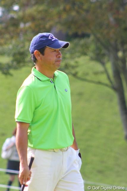 ドライバー平均飛距離は260ヤードの「堅実派」と語る冨永浩は、5位タイで最終日を迎える
