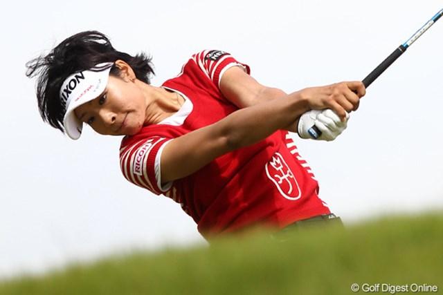 5バーディを奪い首位と1打差まで迫った森田理香子だが・・・