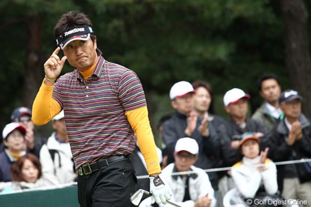 2011年 ブリヂストンオープンゴルフトーナメント 初日   宮本勝昌 単独首位発進に成功した宮本勝昌。このまま確固たる独走態勢を築けるか