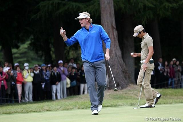 2011年 ブリヂストンオープンゴルフトーナメント 初日  ブラント・スネデカー  最終ホールでやっと笑顔見ました?