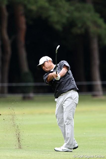 2011年 ブリヂストンオープンゴルフトーナメント 2日目 原口鉄也 3位タイに浮上した原口鉄也。悪天候が予想される3日目以降を耐えしのぎたい