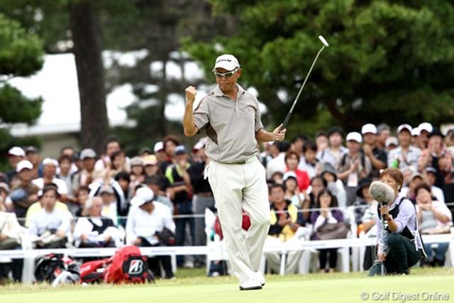 2011年 ブリヂストンオープンゴルフトーナメント  最終日  谷口徹 「ショットが完璧だった」という谷口徹は、グリーン上で苦しみながらも勝負所でパットを決めた
