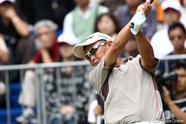2011年 ブリヂストンオープンゴルフトーナメント  最終日  谷口徹 弟子たちを指導し、刺激をもらう谷口徹。完勝で衰えぬ力を見せつけた