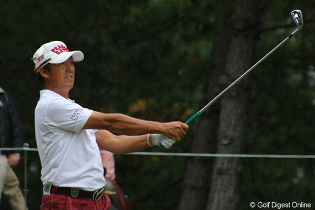 2011年 日本シニアオープンゴルフ選手権競技 3日目 芹澤信雄 首位を1打差で追う芹澤は「ショットは安定している」と好調をキープ