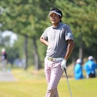 おおお~、ナイスなポージングでんなァ~!しかし、ゴルフは冴えず、スコアを1つ落として順位が急降下。3日目に伸ばせんかったのは痛いでっせ。9位T 2011年 マイナビABCチャンピオンシップゴルフトーナメント 3日目 富田雅哉