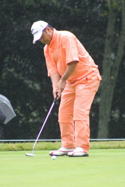 2011年 日本シニアオープンゴルフ選手権競技 最終日  真板潔 「日本プロゴルフシニア選手権」初日に腰痛で棄権するも、復活をアピールした真板潔