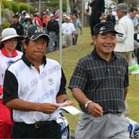 金八さんはこの笑顔のサービスカット 2011年 富士フイルムシニアチャンピオンシップ 初日 吉村金八&湯原信光