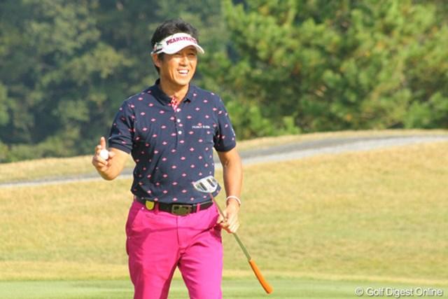 2011年 富士フイルムシニアチャンピオンシップ 最終日 芹澤信雄 スタートホールはアプローチがグリーンオーバーしましたが、見事なパーセーブでした。