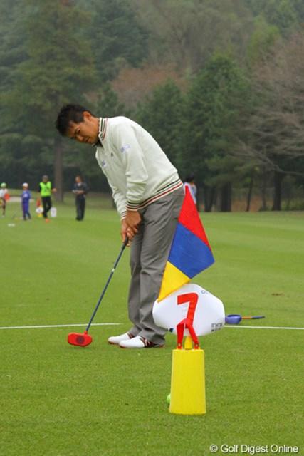 2011年 第9回スナッグゴルフ対抗戦 JGTOカップ全国大会 武藤俊憲 スタートから4連続イーグルの武藤俊憲、真剣モードです